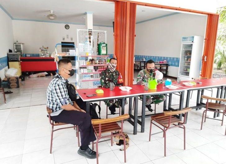 Photo of Selalu Aktif Jalin Komunikasi Dengan Warga Disekitar Lokasi TMMD Ke-111 Kodim 1207/Pontianak