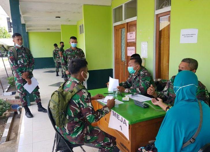Photo of Personel Denma Brigif 19/Kh Jaha Kesehatan, Terima Suntik Vaksin