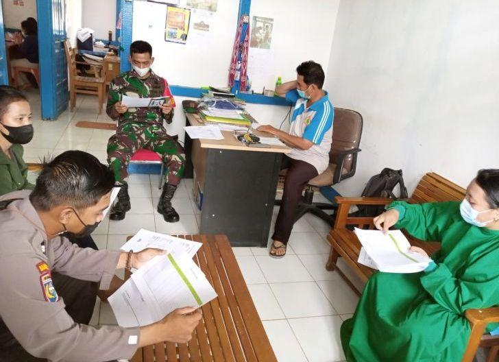Photo of Babinsa Belitang Mensosialisasikan 5M kepada Warga Binaan