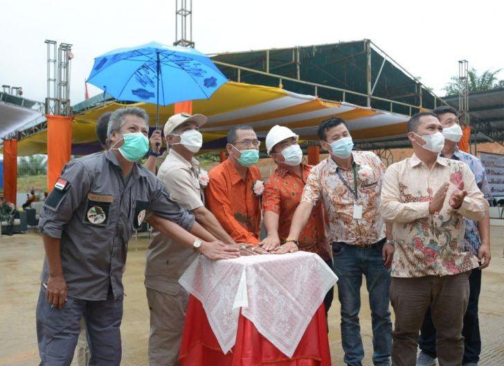 Photo of Martin Resmikan Pabrik Pengolahan Kelapa Sawit