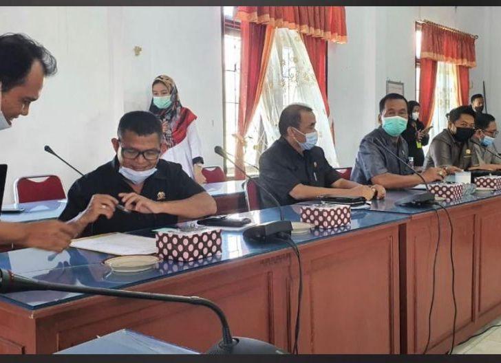 Photo of Ditolak Jaksa Diterima Hakim, Terdakwa Kasus Dugaan Korupsi Bebas Beraktivitas
