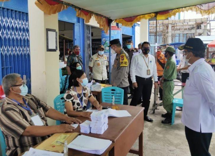 Photo of Pilkades Serentak di Sintang Berlangsung Lancar