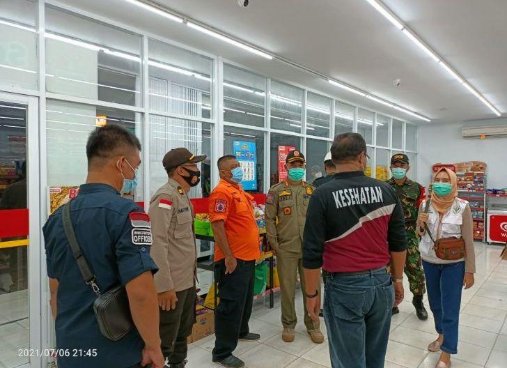 Photo of Penerapan PPKM, Satpol PP Kapuas Hulu Sampaikan Usaha Boleh Buka 24 Jam, Ini Syaratnya