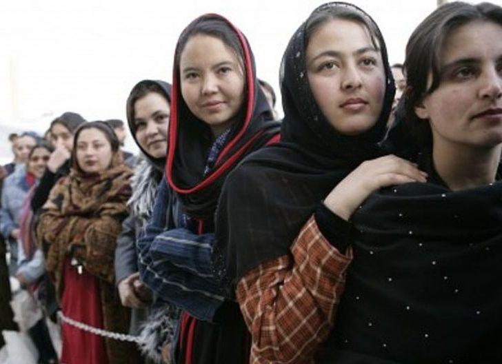 Photo of Malangnya Nasib Wanita Muda ketika Afghanistan Dikuasai Taliban