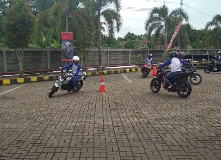 Photo of Grand Riders Pontianak Kampanye Cari_Aman
