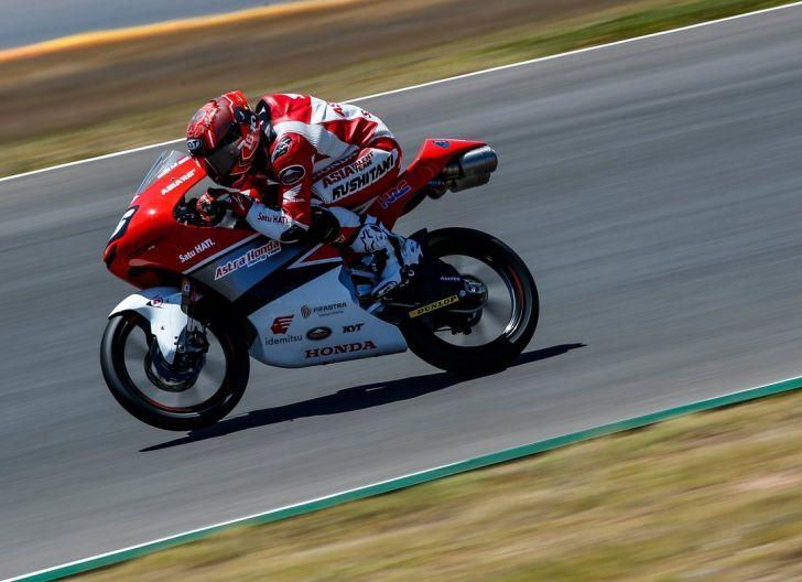 Photo of Ini Target Mario Suryo AJi, Pembalap AHRT di Sisa Musim CEV Moto3