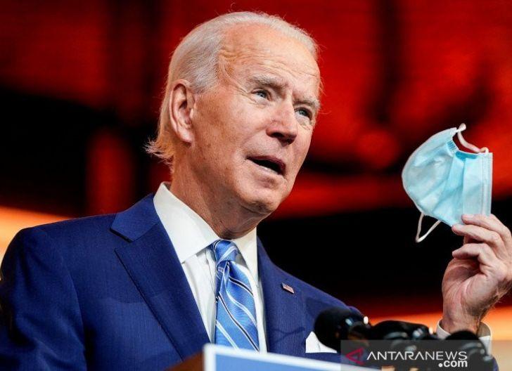 Photo of Biden: Pandemi Berlanjut bagi Mereka yang Belum Divaksin