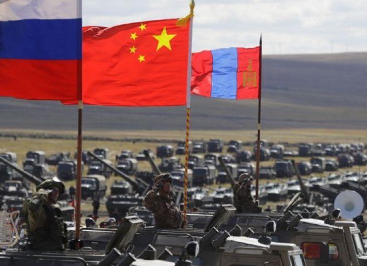Photo of NATO Unjuk Kekuatan, Rusia-China pun Bentuk Komando Bersama