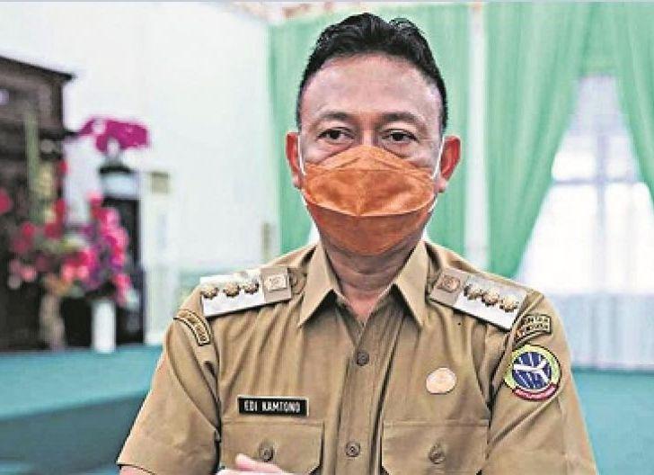 Photo of Wali Kota Izinkan PKL Gelar Dagangan di Ruang Publik