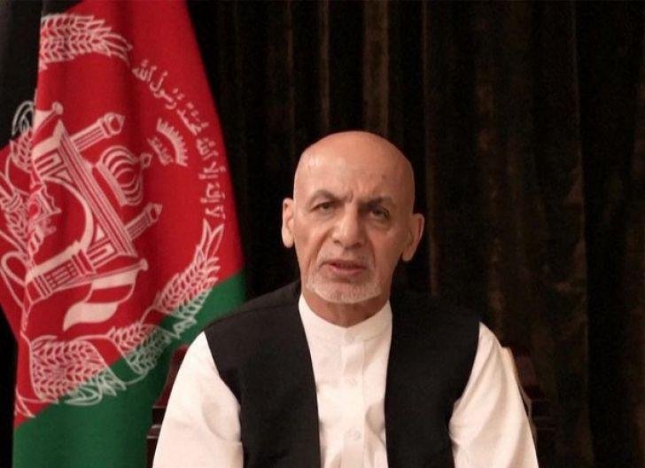 Photo of   Presiden Afghanistan: Saya Digantung jika tidak Lari, Diusir, tak Sempat Lepas Sendal!