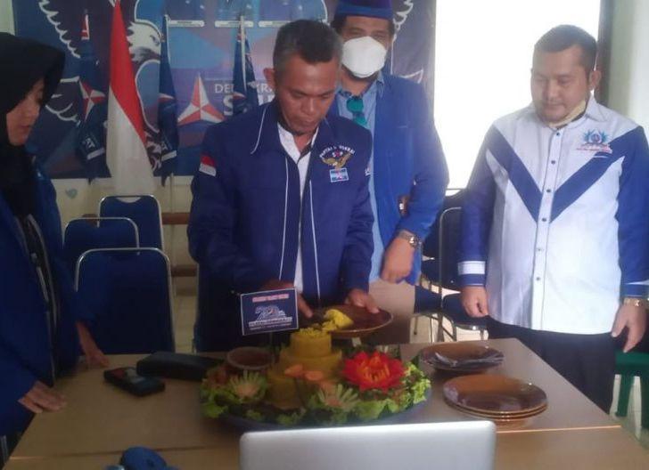 Photo of DPC Partai Demokrat KKU Gelar HUT Ke- 20 Secara Sederhana