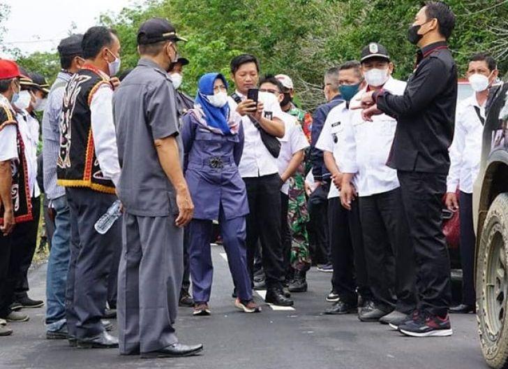 Photo of Pembangunan Ruas Jalan Apan-Ulak Pauk Sudah 100 Persen