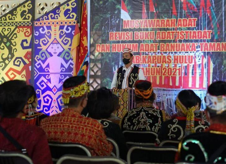 Photo of Buka Musyawarah Adat Taman, Bupati Sis Usul Masukkan Pelestarian Budaya dan Penguatan Hukum