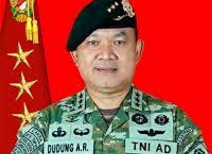 Photo of Waspadai Tafsir Sesat Pernyataan Pangkostrad Letjen Dudung Abdurachman