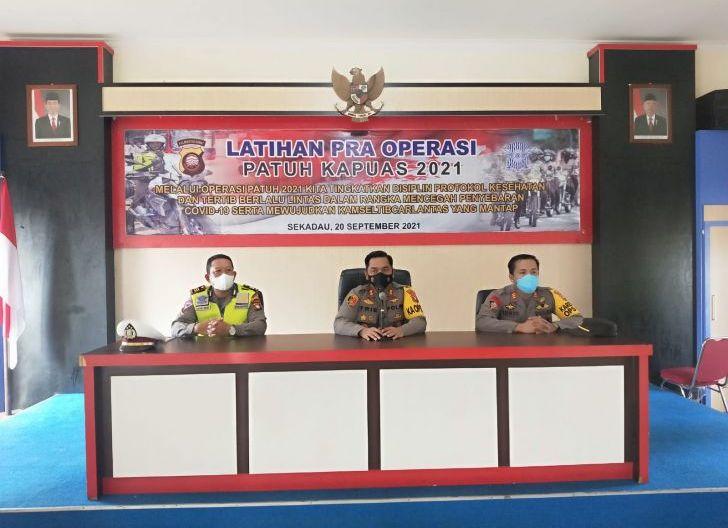 Photo of Lat Pra Ops Patuh Kapuas, Ini Arahan Kapolres Sekadau