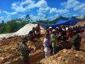 Satgas Pamtas Yonif Mekanis 643/Wns Bantu Bangun Masjid Di Perbatasan RI - Malaysia