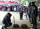 Photo of Danrem 121/Abw Bertindak Sebagai Inspektur Upacara Pemakaman Pratu Ida Bagus Putu, Putra Terbaik Kalbar yang Gugur di Papua