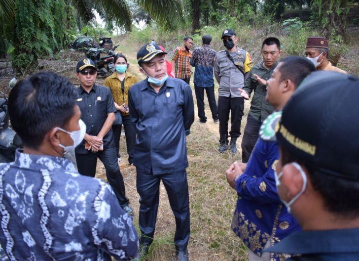 Photo of Dukung Pembentukan Desa Definitif, Pansus Tinjau Kesiapan Dua Desa Persiapan