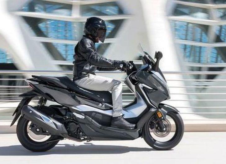 Photo of Luncurkan Honda Forza 350, AHM Luncurkan Motor yang Jadi Pesaing Yamaha NMAX