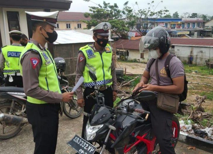 Photo of Upaya Peningkatan Disiplin Lalu Lintas Personel Polres Sekadau