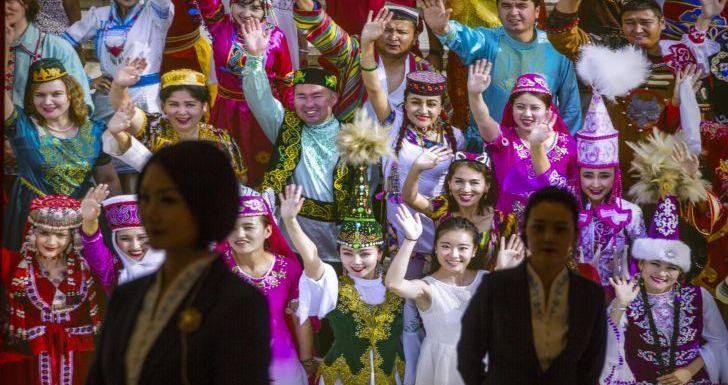 Muslim Uyghur 'Bertransformasi': Ada Masjid Jadi Toilet Umum dan Spanduk