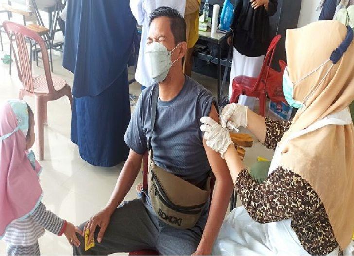 Photo of Vaksinasi Massal di KKU Targetkan 250 Penerima Vaksin Covid-19