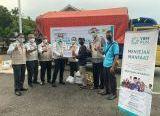 Photo of YBM PLN Kalbar Beri Bantuan Paket Sembako Untuk Korban Banjir Kapuas Hulu dan Melawi